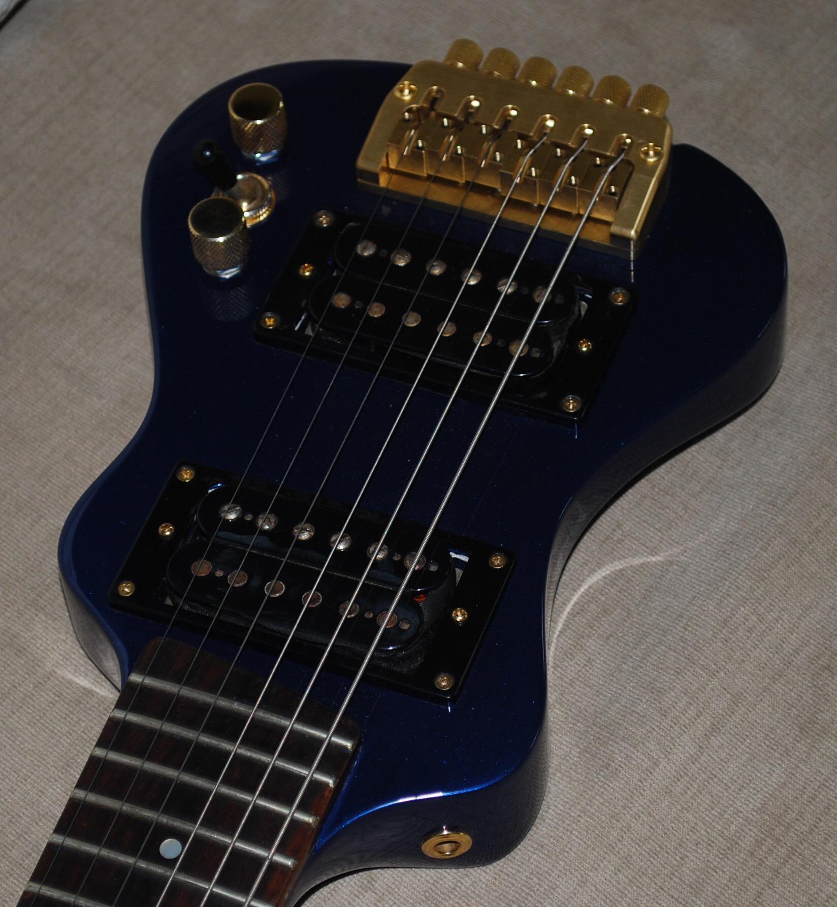 best sounding travel guitar lap axe. Black Bedroom Furniture Sets. Home Design Ideas